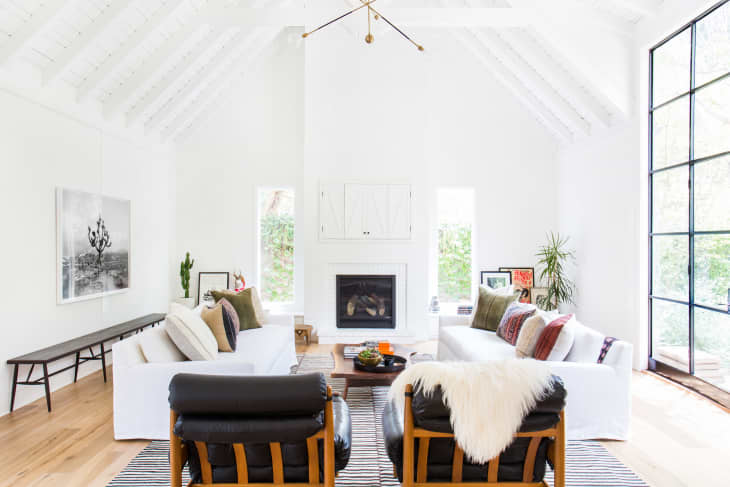 29 Stunning Minimalist Living Rooms That Prove Less Can be Best