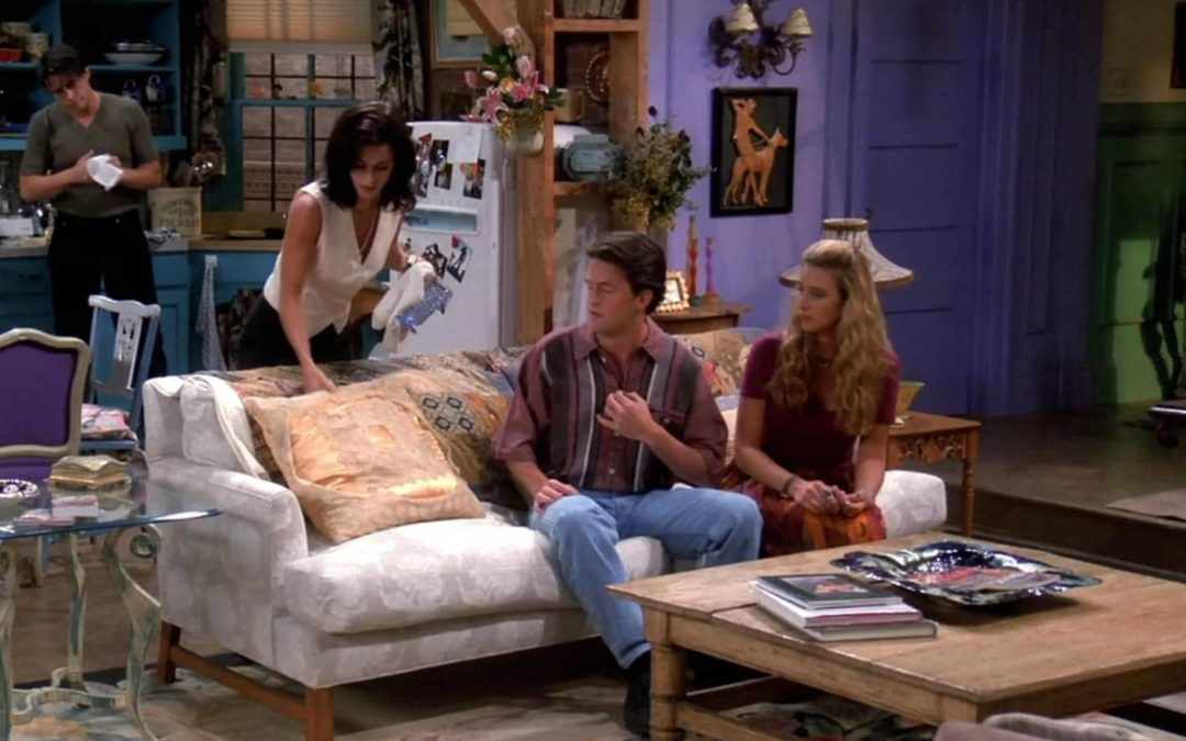 This Is What an All-White Monica and Chandler's Living Room Would Look Like
