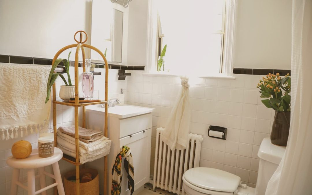 5 Common Bathroom Items You Shouldn't Store on Your Countertop