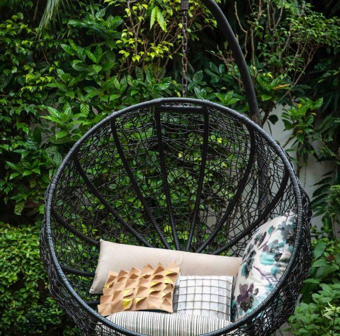 7 Brilliant Backyard Makeover Ideas