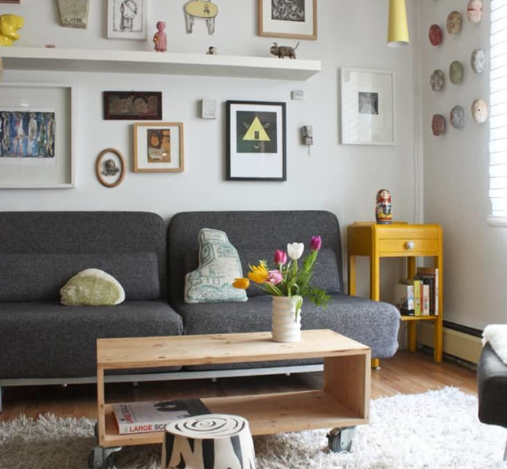 9 Stylish Ways to Decorate the Space Above Your Couch