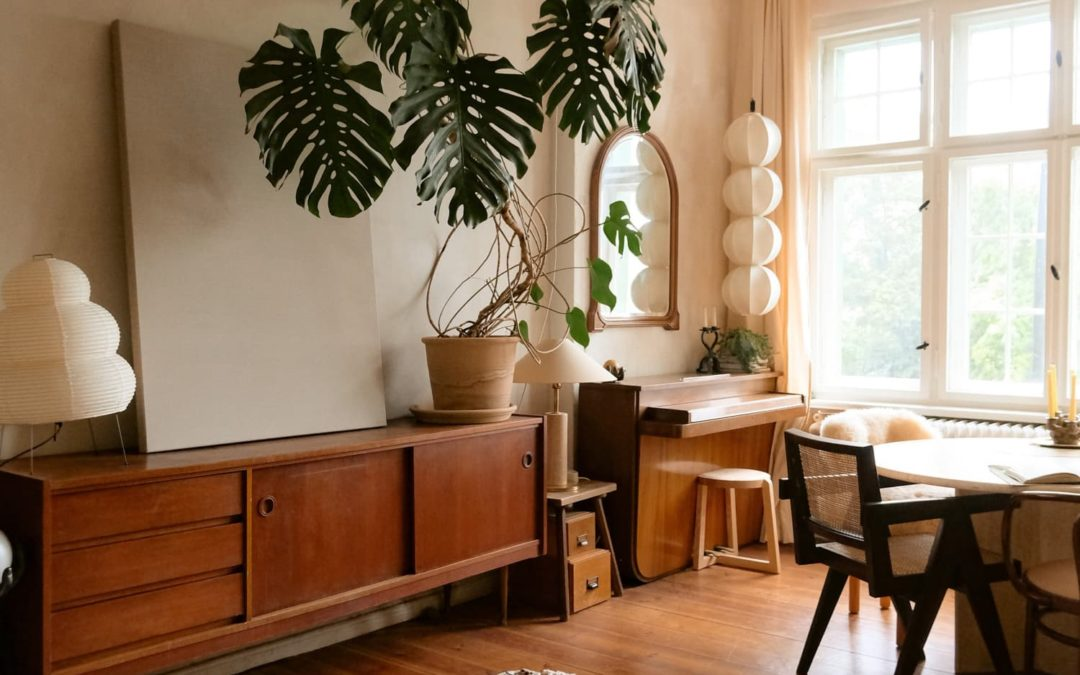 A 688-Square-Foot Berlin Apartment Has an Enviable Collection of Vintage Decor