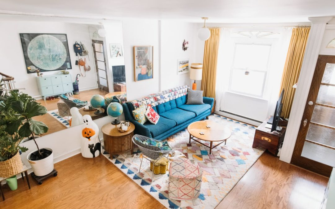 A Philly Time Capsule Has a Gold Kitchen, Pink Bathroom & Other 1970s Colors
