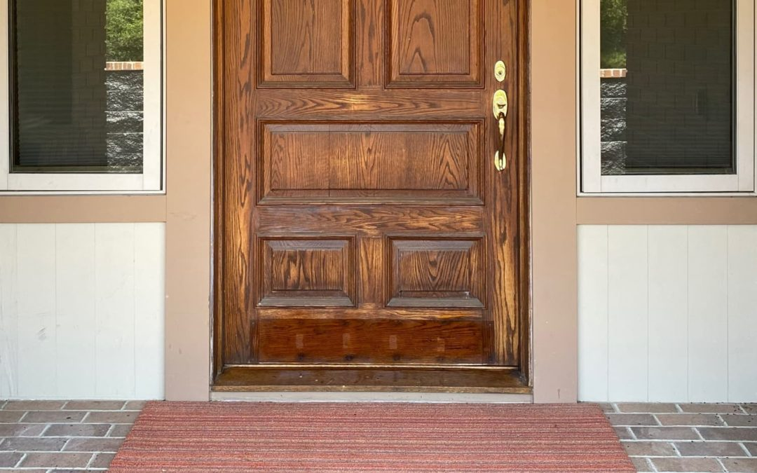 """Before & After: This Front Entry Door Went From """"Blah to Tada"""" With 29 Colors"""