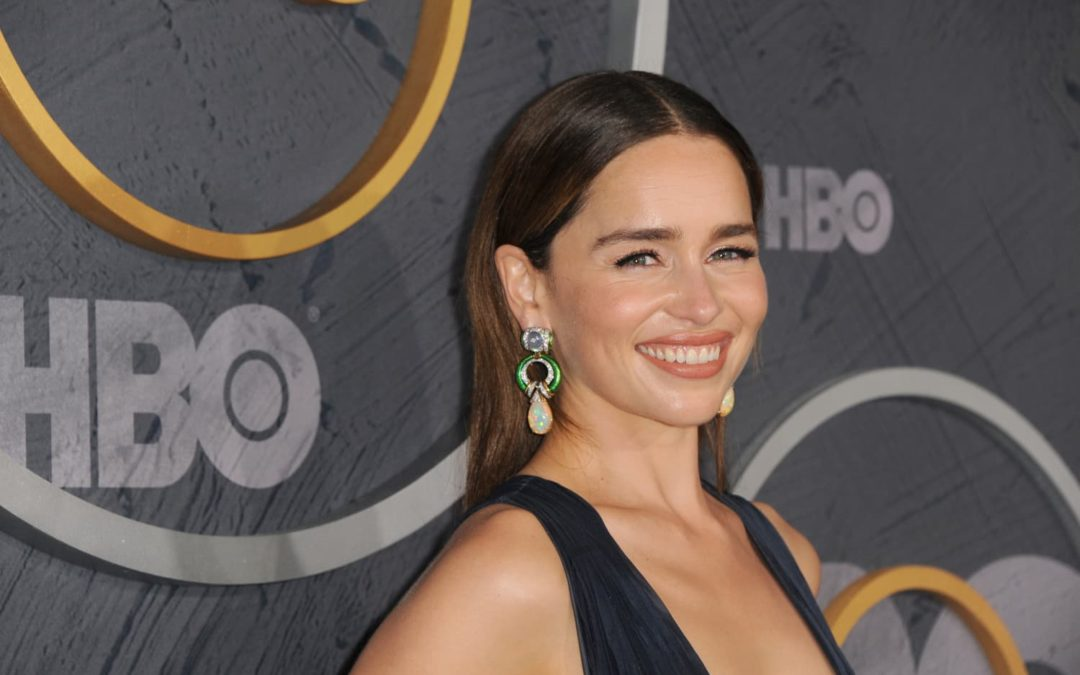 Emilia Clarke's Floral Headboard Is a Blooming Addition to the Bedroom
