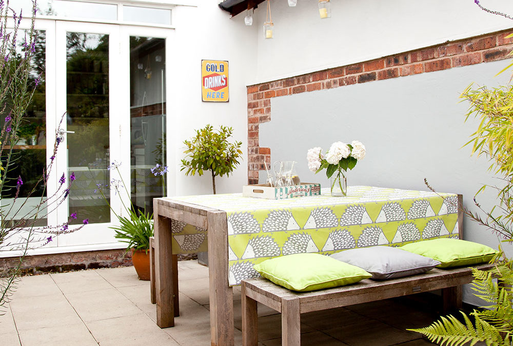 How to clean and restore garden furniture to save buying new