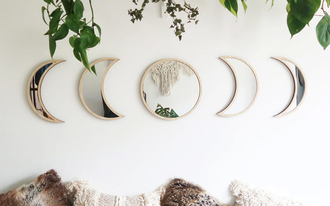 Product Of The Week: Phases Of The Moon Mirror