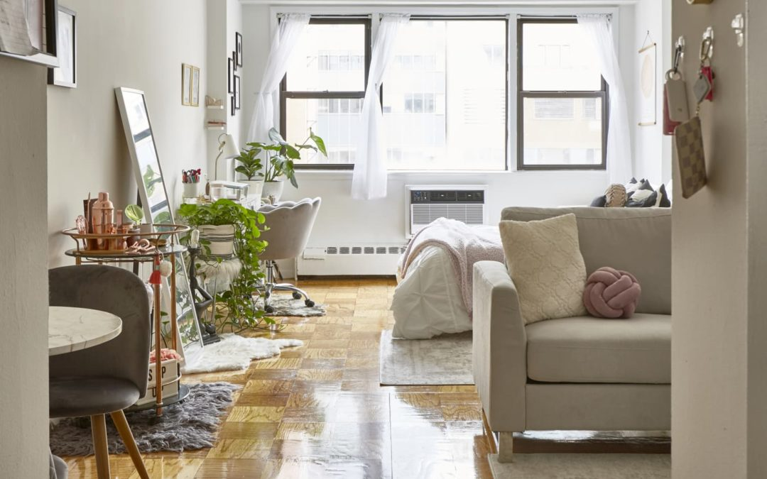 4 Smart Tips for Making a Sofa Work in Your Studio Apartment