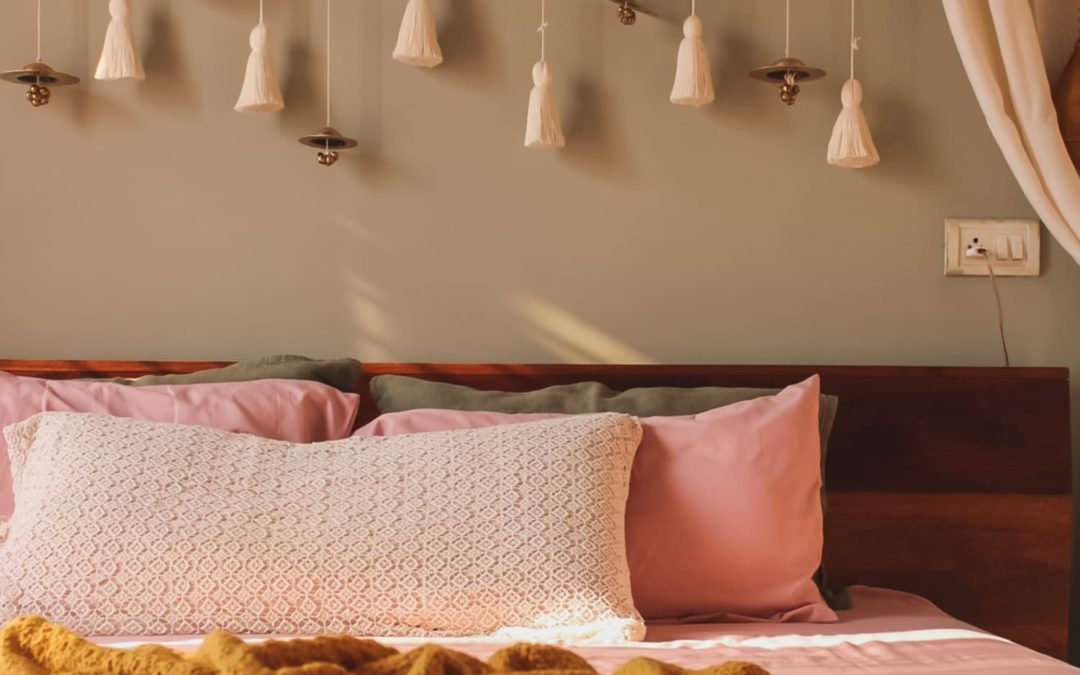This Bangalore Rental Comes Alive with DIYs, Like a Tassel Headboard