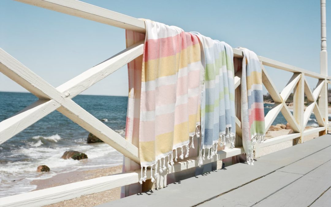 This Stylish Beach Towel Is So Absorbent, It's Now My Go-To Bath Towel