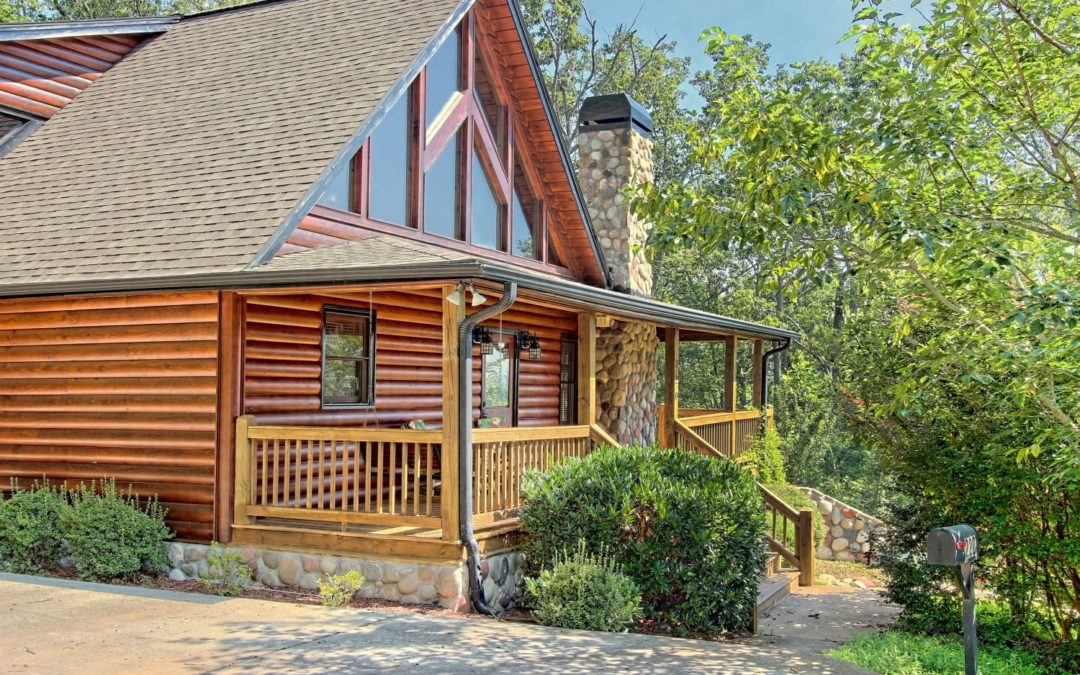 10 Vacation Rentals That Are Perfect for Leaf Peeping This Fall