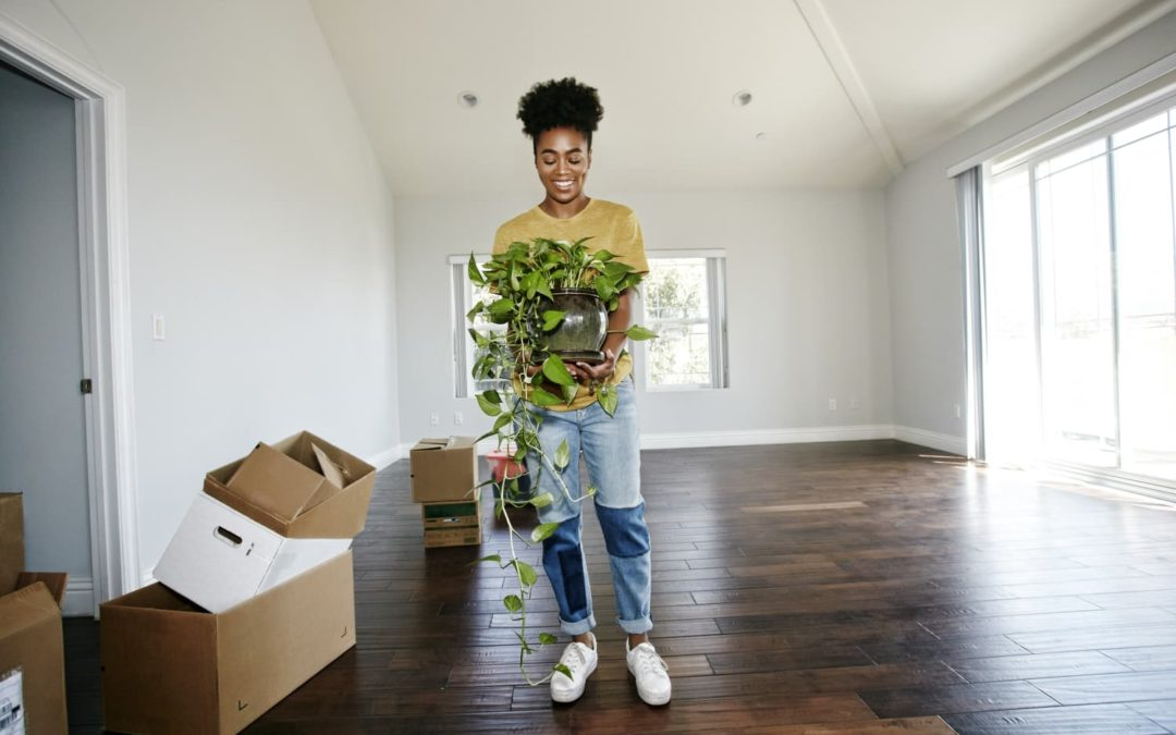 6 Ways to Spot Potential in an Empty Place, According to DIY Pros