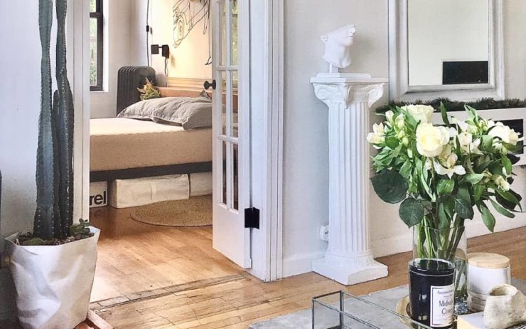 A 548-Square-Foot New Jersey Condo is a Black and White French-Inspired Beauty