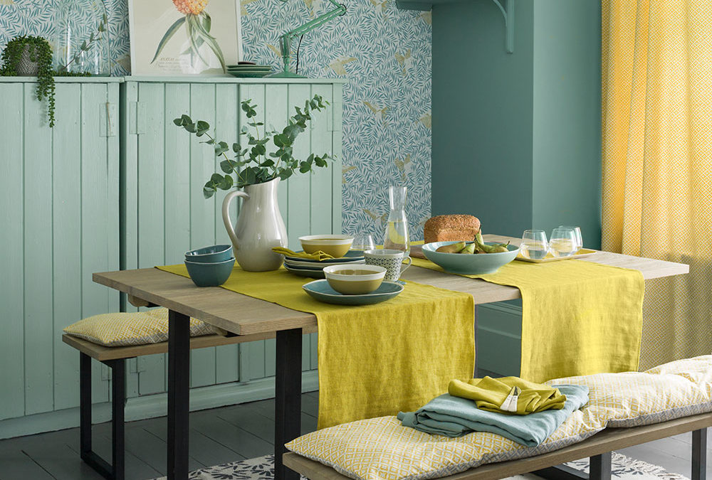 Dining Room Curtain Ideas: add colour and elegance with these window treatments