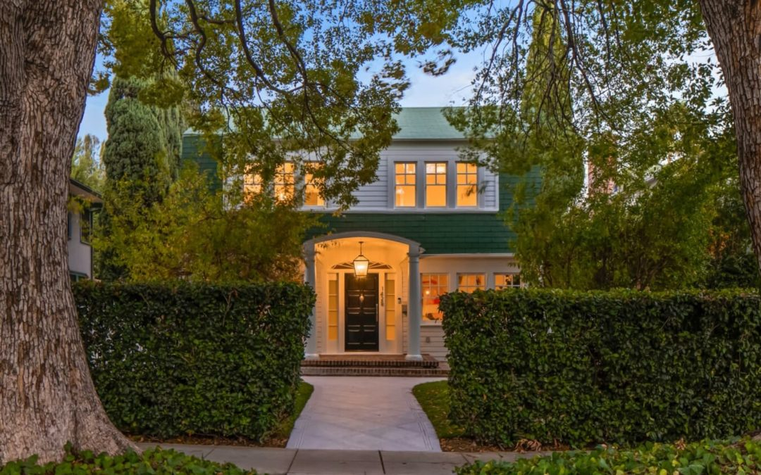 """The """"Nightmare on Elm Street"""" House Is on the Market for $3.2M"""