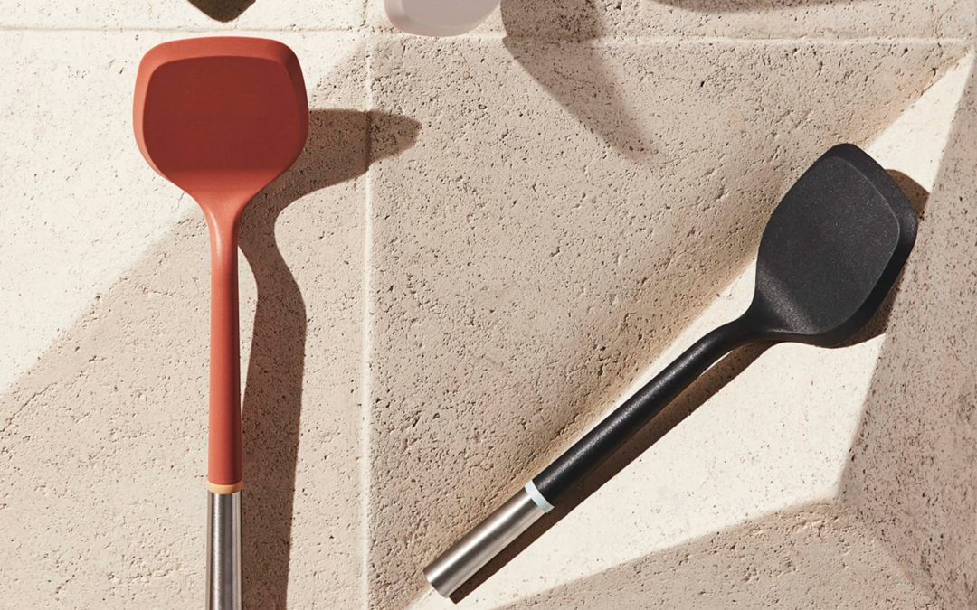 This Constantly Sold Out, Editor-Favorite Spatula Now Comes in a Pretty New Color